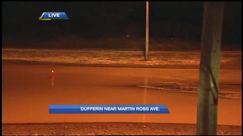 Watermain break closes Dufferin Street