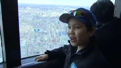 Nunavut hockey team visits Toronto thanks to BT viewers
