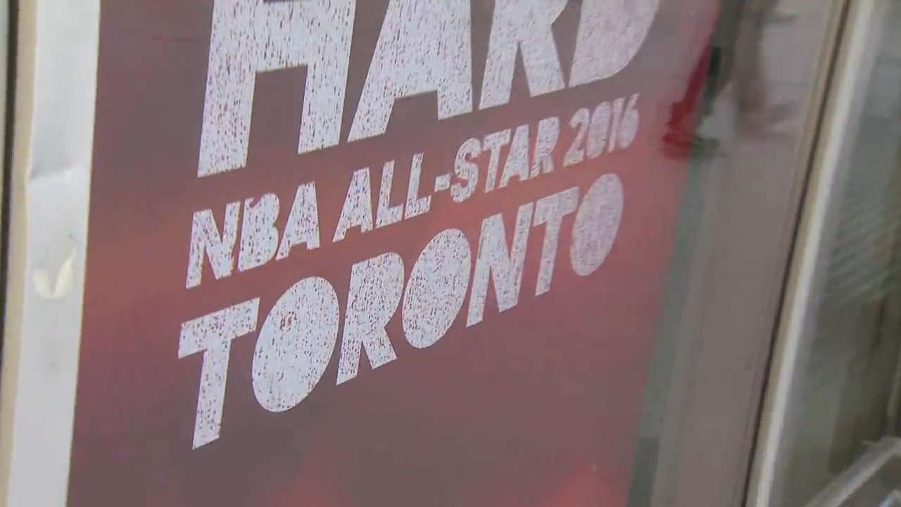 Video: Influx of visitors for NBA all-star game greeted by frigid temps