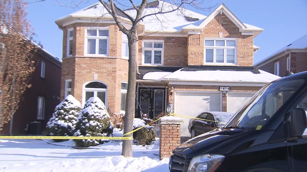 2 people found dead inside Oakville home